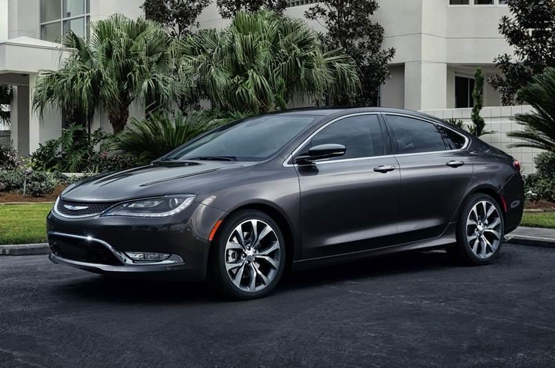 Chrysler 100 será lançado em 2016
