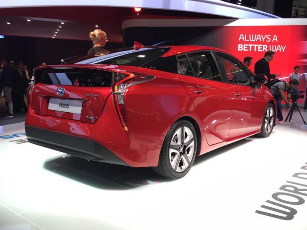 Toyota Prius será lançado no Brasil em 2015